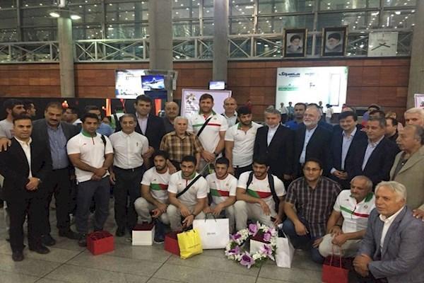 تیم ملی کشتی آزاد همراه صالحی امیری به ایران برگشت