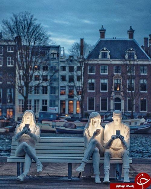 مجسمه هایی که گویای زندگی تلخ و مدرن امروز هستند