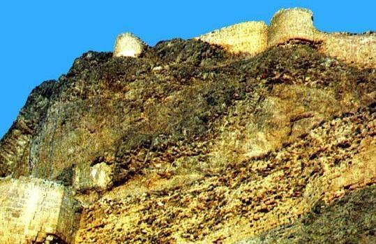 چرا مخوف ترین جاذبه گردشگری اردبیل به قلعه قهقهه معروف است؟