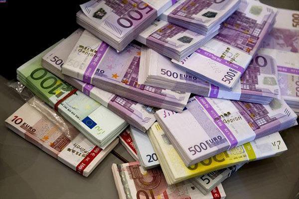 جزئیات نرخ رسمی انواع ارز، افزایش قیمت یورو و پوند