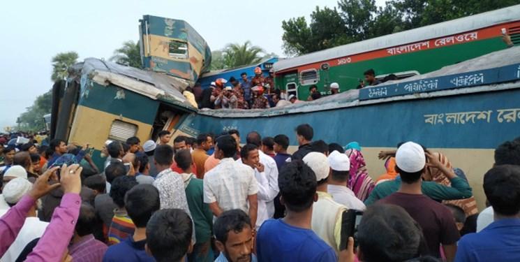 فیلم و عکس، تصادف مرگبار دو قطار در بنگلادش