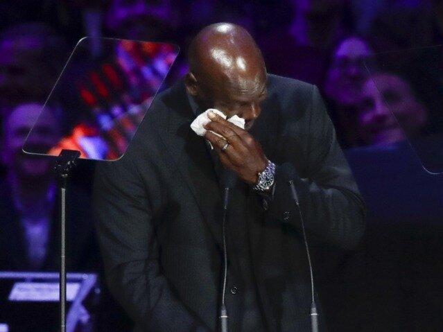 اشک های اسطوره در فراق برایانت ، جردن: وقتی کوبی رفت، یک تکه از من مُرد