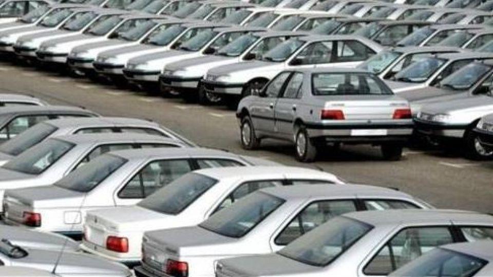 قیمت روز خودرو شنبه 10 اسفند؛ نوسانات سرانجام سال بازار خودرو