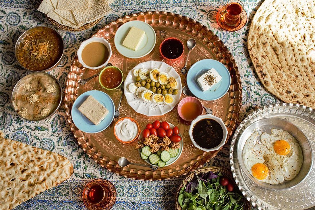 بهترین روش تغذیه سحری و افطاری در ماه رمضان برای تقویت سیستم ایمنی بدن