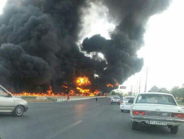 سوختن 7 نفر بر اثر تصادف 2 خودرو در فارس