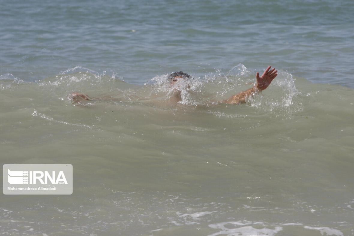 خبرنگاران جسد نوجوان غرق شده گنبدی از آب بندان خارج شد